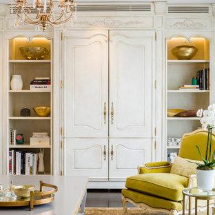 Immagine di un soggiorno vittoriano