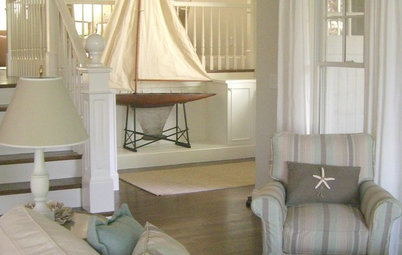 Houzz Tour: A Coastal Cottage Delights in a Wealth of White