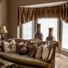 Traditional Living Room by Linly Designs