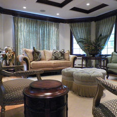 Traditional Living Room by Ethan Allen / Maria Filosa