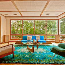 Midcentury Living Room by Living Room Realty