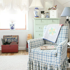Farmhouse Living Room by Julie Ranee Photography