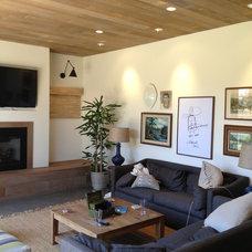 Contemporary Living Room by La Costa Builders Inc