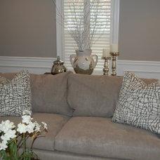 Modern Living Room by Chroma Design