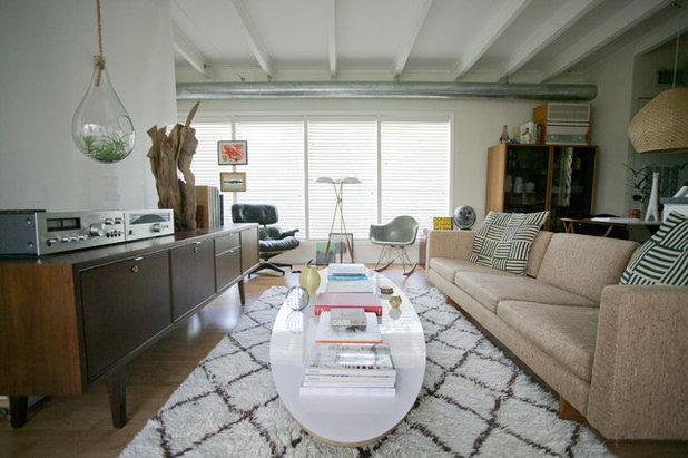 Modern Living Room by Chris Nguyen, Analog|Dialog