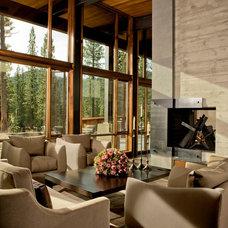Rustic Living Room by Bethe Cohen Design