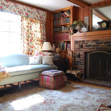 Traditional Living Room by Little Red House