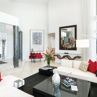 Repräsentatives, Fernseherloses, Offenes Klassisches Wohnzimmer mit Marmorboden in Miami