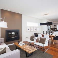 Modern Living Room by Sabal Homes
