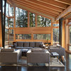 Houzz Tour: Organic Beauty in a Remote Washington Valley