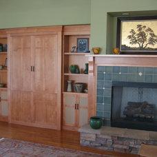Craftsman Living Room by Elite Woodwork