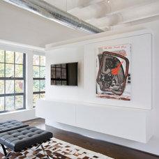 Industrial Living Room by Ernesto Santalla PLLC