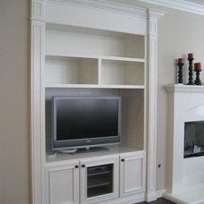 Traditional Living Room by CustomBuilt-ins.com / CFM Company Inc.