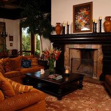 Traditional Living Room by JOHN DANCEY Custom Designing/Remodeling/Building
