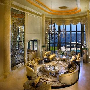 マイアミの巨大な地中海スタイルのおしゃれなLDK (ベージュの壁、フォーマル、磁器タイルの床、テレビなし、ベージュの床) の写真