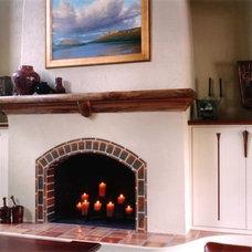 Traditional Living Room by Worthington Custom Builder Inc.