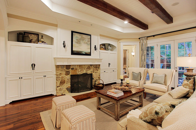 Traditional Living Room by Brickmoon Design