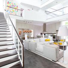Contemporary Living Room by Laura U, Inc.