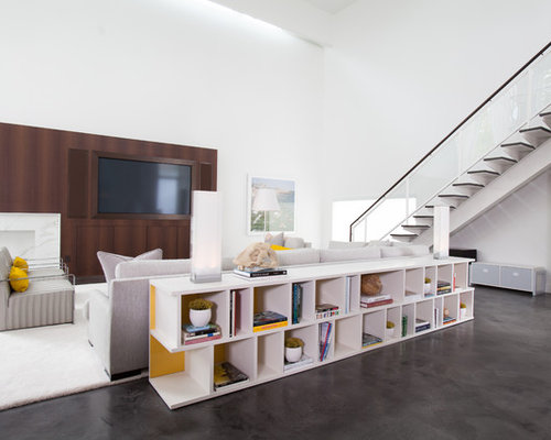 Low bookshelf ideas pictures remodel and decor for Aparadores modernos