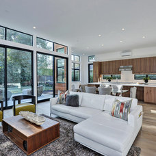 Contemporary Living Room by Clarum Homes