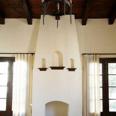 Living Room by Andersen Miller Design