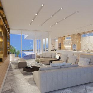 マイアミの大きいモダンスタイルのおしゃれなLDK (ミュージックルーム、マルチカラーの壁、大理石の床、テレビなし、白い床) の写真