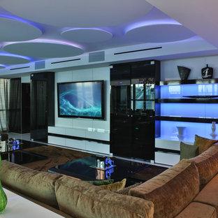 Immagine di un grande soggiorno design aperto con sala formale, pareti bianche, pavimento in marmo e parete attrezzata