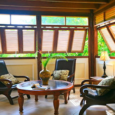 Tropical Living Room by Michael Pascall Architect