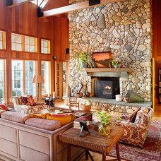 Traditional Living Room by Alan Design Studio