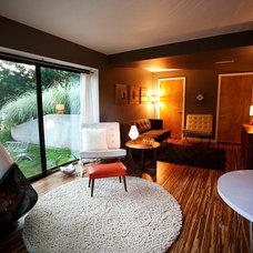 Modern Living Room by Modern Edge Design