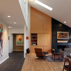 Midcentury Living Room by Korbich Architects LLC