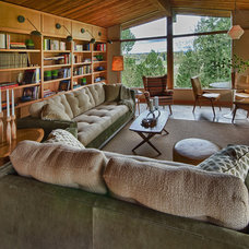 Midcentury Family Room by Ann McCulloch Studio
