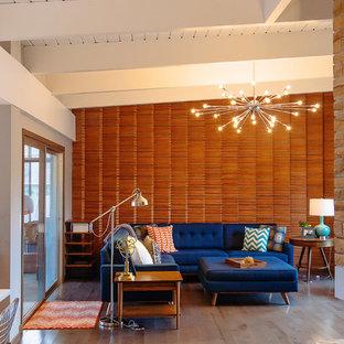 Modelo de salón para visitas abierto, vintage, de tamaño medio, con suelo de madera en tonos medios