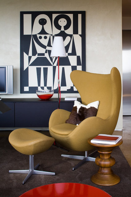 Contemporary Living Room by Johnson Berman