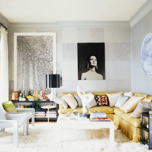 Living Room   Contemporary Living Room Idea In New York With Gray Walls