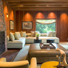Traditional Living Room by Michael Merrill Design Studio, Inc