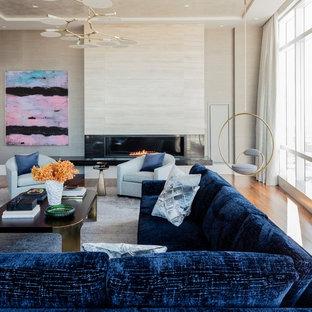 Foto di un grande soggiorno contemporaneo aperto con sala formale, pareti grigie, pavimento in legno massello medio, camino lineare Ribbon e pavimento marrone