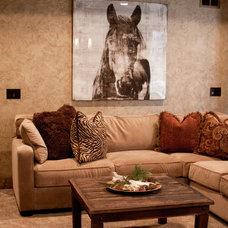 Eclectic Living Room by rak'designs