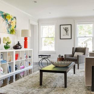 Mittelgroßes, Repräsentatives Modernes Wohnzimmer ohne Kamin mit weißer Wandfarbe in Boston