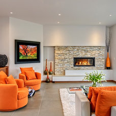 Contemporary Living Room by Maric Homes