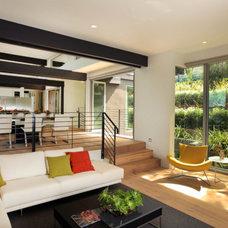 Modern Living Room by bill bocken architecture & interior design