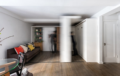 Houzz Tour: Watch a Sliding Wall Turn a Living Space Into 5 Rooms