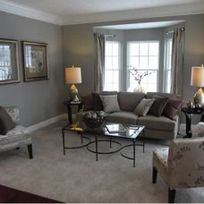 Traditional Living Room by Homes by C.M. Watson