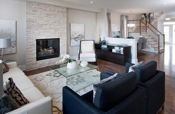 Transitional Living Room by Tartan Homes