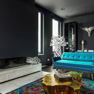 Esempio di un grande soggiorno design chiuso con pareti nere, camino lineare Ribbon, sala formale, pavimento in marmo, cornice del camino in pietra e nessuna TV