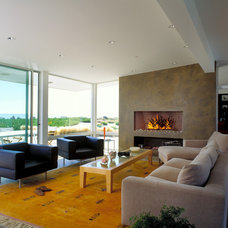 Beach Style Living Room by DD Ford Construction