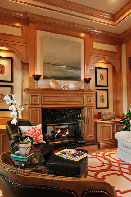 Traditional Living Room by JMA INTERIOR DECORATION