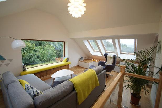 Contemporary Living Room by Dylunio dy Dŷ / Interior design by Gwerfyl