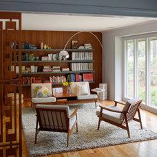 Modern Living Room by Rethink Design Studio