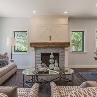 75 Beautiful Farmhouse Living Room With A Concealed Tv Pictures Ideas March 2021 Houzz
